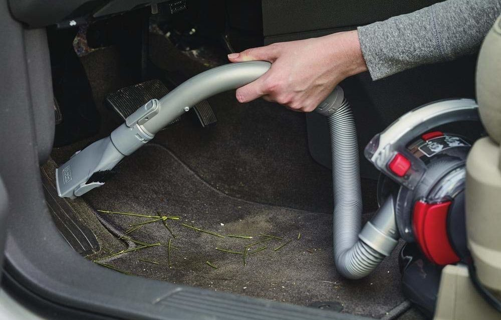 Finding the Best Car Vacuum Cleaner – Top 5